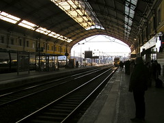 Gare d'Avignon centre - Avignon - Vaucluse - Provence-Alpes-Côte-d'Azur - France (vanaspati1) Tags: gare davignon centre avignon vaucluse provencealpescôtedazur france vanaspati1