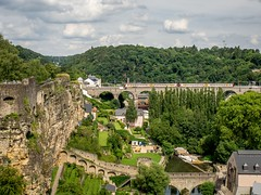 Luxembourg City (802701) Tags: luxembourgcity luxembourg city cityscape train