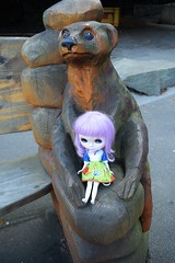 Isolde Brittany and a Meerkat (Bebopgirl1969) Tags: blythe lavenderhug edinburghzoo