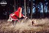 Rotkäppchen im Wald / Ronny Light (Ronny Light Photography) Tags: rothkäppchen rotkäppchen wald wolf fuchs ronnylight little red riding hood charles perrault grimms märchen hot про красную шапочку le petit chaperon rouge brüdern grimm