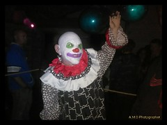 BoBo (PhotoJester40) Tags: indoors inside clown clownface male actor happy balloons havinggoodtime thehaunt amdphotographer