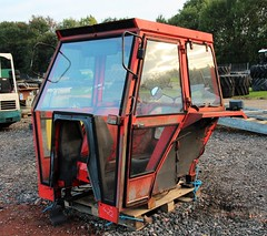 Massey Ferguson 290 Sankey tractor cab (Nivek.Old.Gold) Tags: massey ferguson 290 sankey tractor cab cheffins