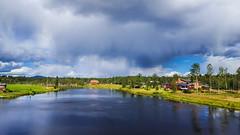 20160811_143517-1 (Andre56154) Tags: schweden sweden sverige himmel sky wolke cloud wasser water ufer dalarna flus river haus gebude building house