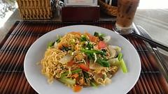 Breakfast at Riverside Impression Homestay, Hoi An, Vietnam (Loeffle) Tags: 112016 vietnam hoian riversideimpressionhomestay riversideimpression homestay bedandbreakfast pension hotel breakfast frhstck