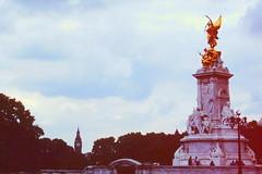 London - Victoria Memorial and Elizabeth Tower (jrozwado) Tags: europe unitedkingdom uk england london memorial monument victoria angel clocktower elizabethtower bigben westminsterpalace unescoworldheritage