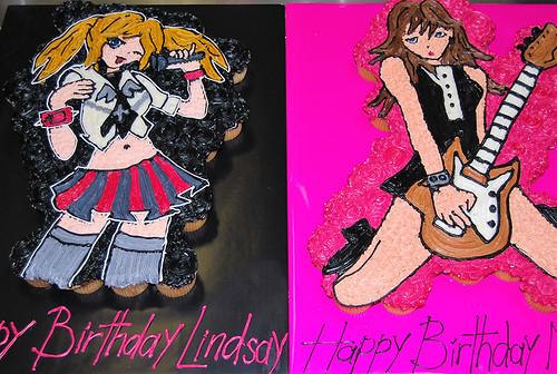 338-polkatots cupcake cakes