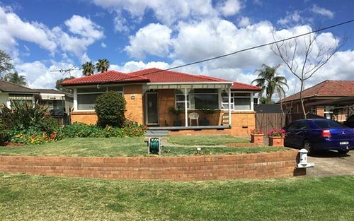 3 Grahame Ave, Glenfield NSW 2167