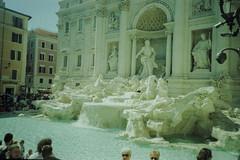 Fontana di Trevi (>Ace<) Tags: ngc fujisensia200 rm xpro cross process cosinacx1