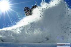 Snow Cover (Sébastien Pignol Photographie) Tags: snow neige ski bleu blue ciel soleil sun pics photo montagne mountain pyrenees gourette france cover canon 350d sigma pignol sebastien