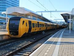 NS DM'90 3431 + 3430 te Arnhem CS (erwin66101) Tags: ns dm90 dm 90 lm ledigmaterieel ledig materieel station arnhem cs centraal zutphen deventer