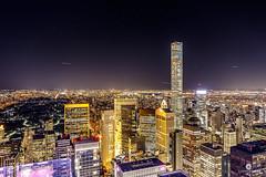 Enjoying NY night from the Top of the Rock at Rockefeller Center, NY (USA) (Juan Mara Coy) Tags: topoftherock rockefellercenter canonefs1585mm canon7dmarkii nuevayork newyork night noche street calle urban ciudad city
