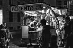 Milano - Novembre 2016 (Maurizio Tattoni....) Tags: italy lombardia milano venditoreambulante castagne street bn bw blackandwhite biancoenero monocrome persone leica mauriziotattoni
