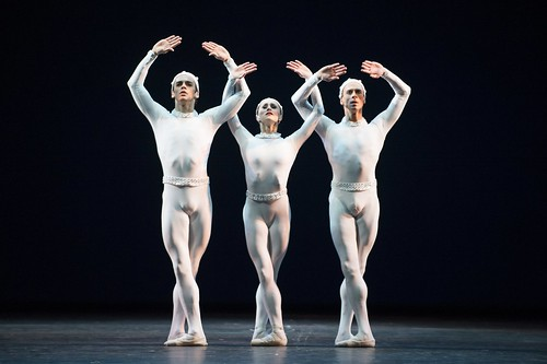 <em>Monotones II</em> Dance Highlight: Complete harmony of choreography and score