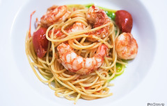 Spaghetti lobster with tomato