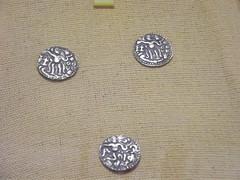 kahavanu (Mkularatne) Tags: travel history gold coin sri lanka srilanka goldcoin anuradapura