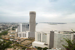 The Point (Guayaquil) (Edgar_Leon) Tags: longexposure 2000 interior guayaquil arquitecture malecn canon6d edificethepoint edificiospiralguayaquil