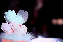 (Debora Marinho ;) Tags: birthday pink party brazil baby cake brasília brasil canon happy 50mm one 1 df candy heart decoration rosa first le coração bolo feliz festa pietra aniversário decoração primeiro doces petit t2i