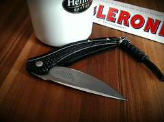 Good morning with coffee and CRKT Ripple (micrueh) Tags: coffee ripple ken onion crkt