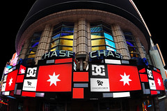 Chase Bank screens Timesquare NYC, USA (Yannick-R) Tags: pictures usa square photography photo downtown photographer time picture yannick rivoire chasebankscreenstimesquarenyc