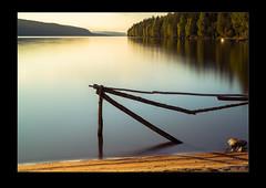 Hagudden - gärdesgård (AndersWx) Tags: lake beach water fence le lee kil värmland staket hagudden fryken gärdesgård leebigstopper