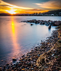 Couch de soleil (etrephotographe) Tags: outside published seascapes lac nsw sort rocher australie couchdesoleil warnersbay poselongue article7