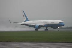 United States C-32A (aitch tee) Tags: usa wet weather aircraft unitedstatesofamerica spray boeing visitors takeoff b757 walesuk cardiffairport c32a 980002 maesawyrcaerdydd natosummit2014