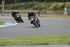 IMG_5994 (Holtsun napsut) Tags: ex sport finland drive track bikes sigma os days apo moto motorcycle finnish 70200 f28 dg rata kes motorrad traing piv trackdays motorbikers eos7d ajoharjoittelu moottoripyoraorg