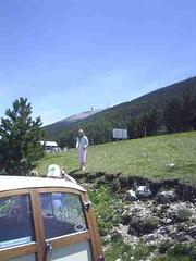 mot-2006-remoulins-pic_0081_mont-ventoux-lunch-halfway-down-1_450x600