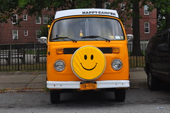 Happy Camper (Triborough) Tags: nyc newyorkcity ny newyork car vw volkswagen van statenisland camper type2 richmondcounty רכב emersonhill