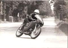 36-uberti-foppa-con-aermacchi-cat.-175---xxvi--circuito-di-crema-s.-maria---1968