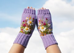 DSC_5586 (indrasideas) Tags: flowers art felted felting meadow lavender lilac needle etsy knitted mittens fingerless needlefelted purpl