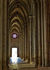 glise abbatiale de Saint Antoine l'Abbaye (Olivier Thirion) Tags: church abbaye isre rhnealpes saintmarcelin saintantoinelabbaye nikond3 olivierthirion nikon24120f4 2014olivierthiriontousdroitsrservs gliseabbatialedesaintantoinelabbaye