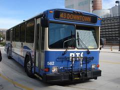 562 R 43 (Guayabal) Tags: bus buses nova university florida gainesville system transit gillig regional