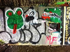 Battery Steele (1942) � new graffiti (Fall 2014)