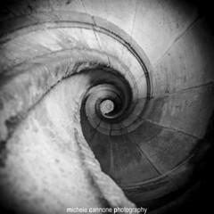 Real Shutter Spiral staircase (Michele Cannone) Tags: portugal spiral perspectives staircase shutter templar