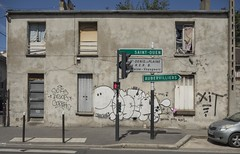 . (Le Cercle Rouge) Tags: saintdenis france street streetart graffs graffitis tags handstyle 93