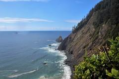 IMG_6407 (Brandi Bonde) Tags: ocean pacificocean beach rocks shore waves pnw pacificnorthwest oregon oregoncoast coastline