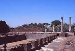 Tivoli - Villa Adriana - Edificio con peschiera (Fontaines de Rome) Tags: tivoli villaadriana villa adriana edificioconpeschiera edificio peschiera