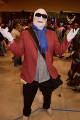 DSC_0043 (Randsom) Tags: alamocitycomiccon sanantonio texas october 2016 cosplay costume halloween fun colorful convention comicbook invisibleman doompatrol glasses trenchcoat scarf bandages