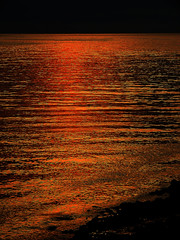 DSCN1773 Color of Reflection (tsuping.liu) Tags: outdoor organicpatttern ocean refrection landscape lighting nature natureselegantshots naturesfinest photoborder perspective passion pattern water waterfront webbtide sunset sun serene sea bright beach twilight