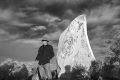 Badger Bates (Stuart-Cohen) Tags: badgerbates artist aboriginal sculpturegarden brokenhill