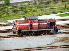 Hitchhike (nonameless) Tags: train bdz vlak workers bulgaria sofia poor zoom digital quality hitchhike kurzavas