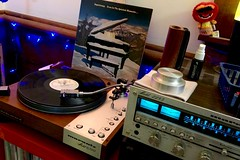 An inspired spin for this evening... (DjD-567) Tags: supertramp 1977 am vinyl record 3313 lp marantz turntable 6300 eveninthequietestmoments 2285 vintage audio hifi