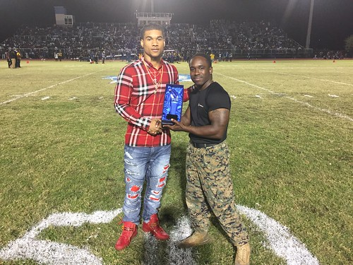 """Pahokee v Glades Central • <a style=""""font-size:0.8em;"""" href=""""http://www.flickr.com/photos/134567481@N04/30538367180/"""" target=""""_blank"""">View on Flickr</a>"""