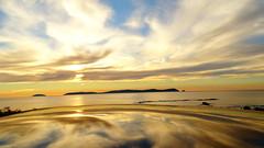 Islas de ons sunset (Maflay28) Tags: paisajes landscapes naturaleza mar islas atardecer sunset nubes sol solpor atlantico reflejos photography fotoshoot fotografa hx400v sony galicia galifornia