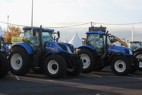 New Holland T7  190 et T6  155 - a photo on Flickriver