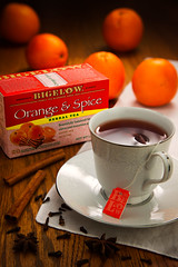 Tea #2 - Bigelow Orange & Spice (stevepamp) Tags: stevepamp stilllife tea orange spice bigelow bigelowtea food spices cinnamon clove staranise lowkey product canon canoneos5dmkiii canonef24105f4l