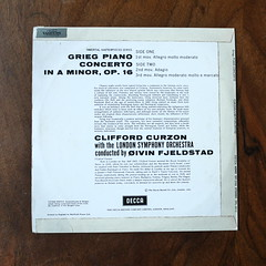 Backside Grieg - Piano Concerto op.16 - Clifford Curzon Piano, LSO, Oivin Fjeldstad, Decca SWL 8012 ffss, 10 inch, 1962 (Piano Piano!) Tags: lp record album disc langspielplatte grommofoon plaat 12 inch art cover sleeve hulle disque vynil vinyl griegpianoconcertoop16cliffordcurzonpiano lso oivinfjeldstad deccaswl8012ffss 10inch 1962