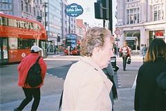 daily movement (subway rat) Tags: 35mm film analog mjuii mju2 mjuii olympusmjuii fujisuperia400 fuji fujifilm filmphotography analogphotography filmforever filmisnotdead filmcamera shootfilm ishootfilm staybrokeshootfilm london londonstreetphotography streetlife streetphoto streetphotography everybodystreet street oxfordcircus uk england greatbritain unitedkingdom oxfordst