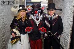 IMG_6522 (Neil Keogh Photography) Tags: 2016 bag black boots claws coat corset cravat dress feather fur furfandom glasses gloves goggles gold goth gothic highheeledboots jacket man military militaryhat militaryjacket november november2016 pants paws polkadots purple red ribbons shirt shoes stripedpants stripes teddy tophat umbrella whitbygothweekend white wolf woman